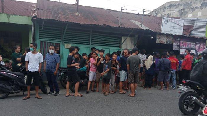 HEBOH Penemuan Mayat Perempuan Gantung Diri di Kios Jalan Pane Siantar