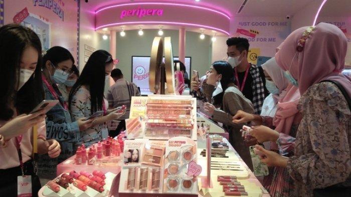 Store Kosmetik Brand Korea Diserbu Pengunjung, Promo Beli Satu Gratis Satu