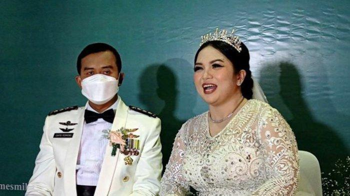 Setelah 8 Tahun Janda, Akhirnya Joy Tobing Dinikahi Kolonel TNI Cahyo Permono, Berikut Foto-fotonya