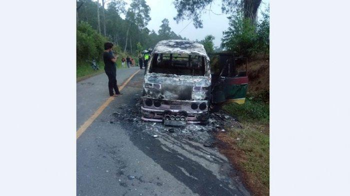Percikan Api Busi Bakar Angkot di Simalungun, Penumpang Berhamburan