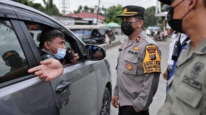 Tekan Mobilitas Masyarakat, Tim Gabungan Pemkot Medan Gelar Penyekatan Kendaraan secara Acak