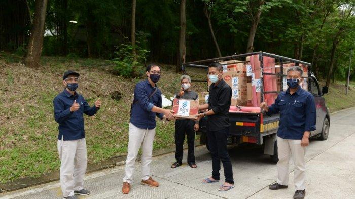 Peduli Banjir, PGN Serahkan Bantuan Korban Banjir di Bekasi dan Karawang
