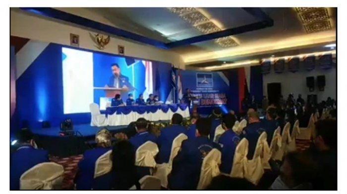 MOELDOKO DI KLB PARTAI DEMOKRAT - Jenderal TNI Purn Dr H Moeldoko hadir ke lokasi kongres yang digelar di The Hill Hotel, di Kecamatan Sibolangit Kabupaten Deliserdang, Sumatera Utara, Jumat (5/3/2021). Moeldoko pun memberikan pidato pertamanya setelah terpilih sebagai Ketua Umum Demokrat.