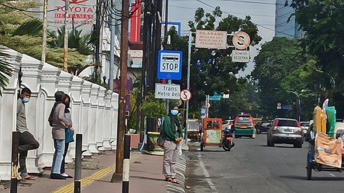 Warga Terkejut Rambu Titik Perhentian Bus Trans Metro Deli Hilang