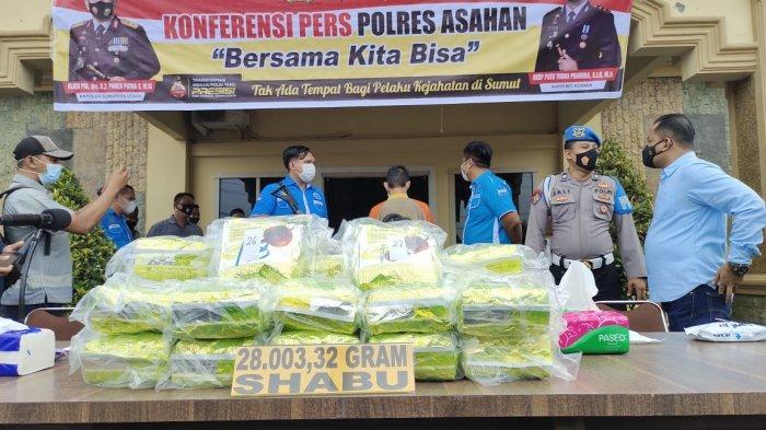 Gembong Sabu di Tanjungbalai Akhirnya Menyerah, Satu Karung Sabu Disita di Bawah Meja Makan