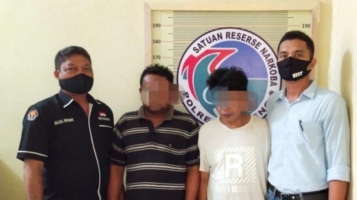 Petugas Polres Tapteng Jemput Dua DPO Narkoba, Satu Bal Ganja Disembunyikan di Semak-semak