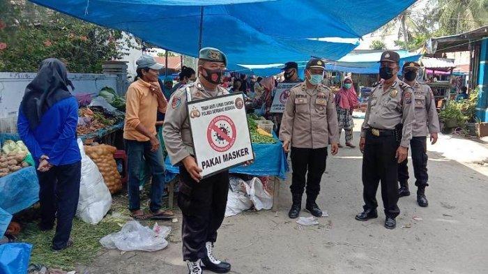 Polisi Turun ke Pasar-pasar Tradisional, Jaring Puluhan Orang Langgar Prokes