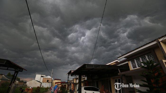 Hati-hati, 9 Kecamatan di Samosir Ini Diprediksi Bakal Dilanda Cuaca Buruk