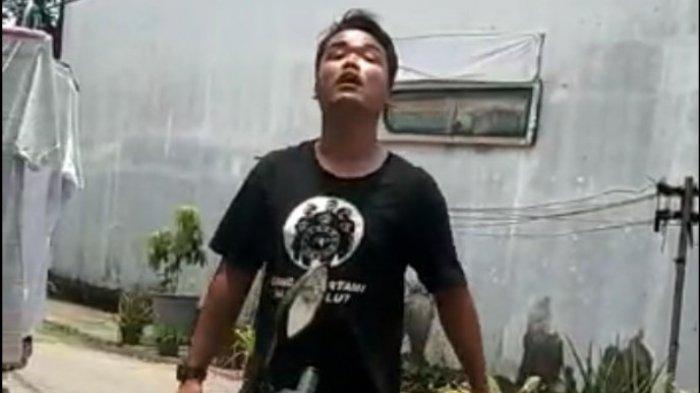 Makin Beringas, Preman Tantang Polisi untuk Menangkapnya saat Palak Pedagang