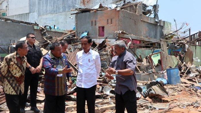 Jokowi Datang ke Lokasi Bom Bunuh Diri Sibolga, Kucurkan Bantuan Rp 1,4 M untuk Warga Terdampak