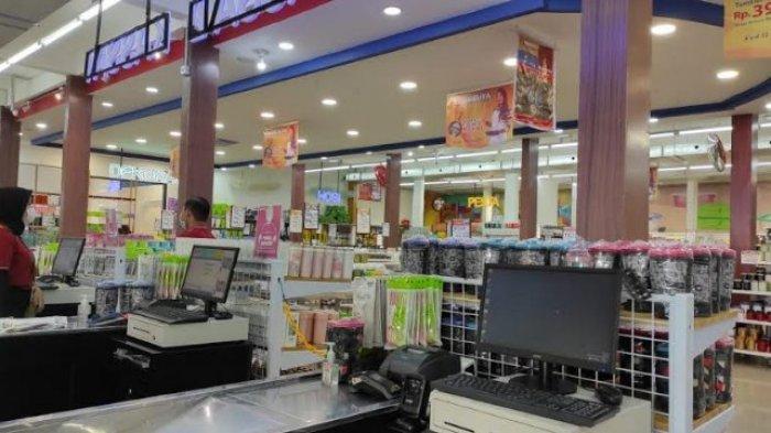 PROMO SUZUYA - Suasana Suzuya Home Grosir dan Eceran Jalan MT. Haryono No 97 Pusat Pasar Medan (Sebelah Medan Mall), Minggu (6/6/2021). (Tribun-medan.com/ Yufis Nianis Nduru)
