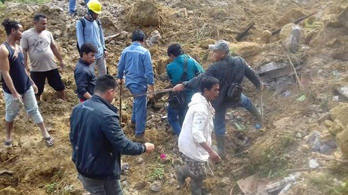 2 Warga Meninggal dan 8 Orang Masih Tertimbun Tanah diDesa Halado, Kecamatan Pintu Pohan Tobasa