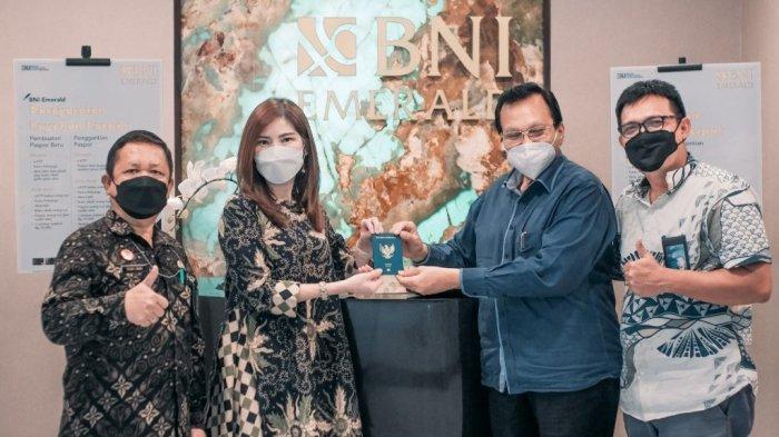 Kerjasama dengan Dirjen Imigrasi, BNI Wilayah 01 Medan Luncurkan Program Eazy Passport untuk Nasabah