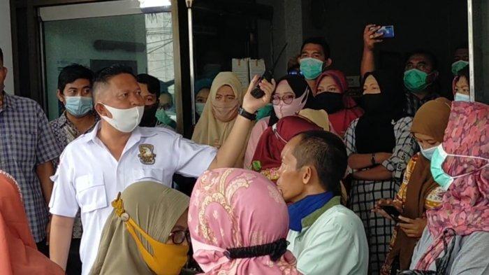 Polisi Bubarkan Demontrasi Karyawan RS Permata Bunda Medan, Ancam Dijadikan Tersangka