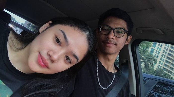 Putri Mulan Jameela dan pacarnya
