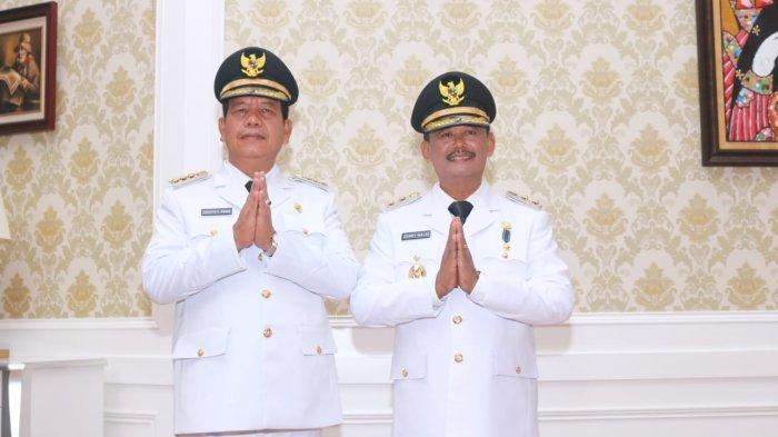 Dilantik Jadi Bupati dan Wakil Bupati, Radiapoh dan Zonny Waldi Fokus Perbaikan Jalan di Simalungun