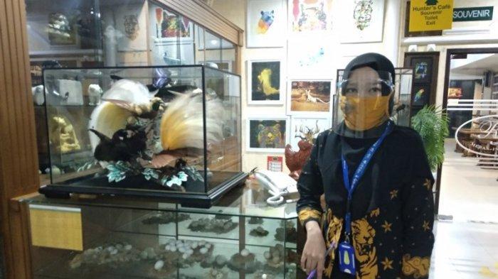 STAF Rahmat International Wildlife Museum and Gallery siap melayani pengunjung yang datang.
