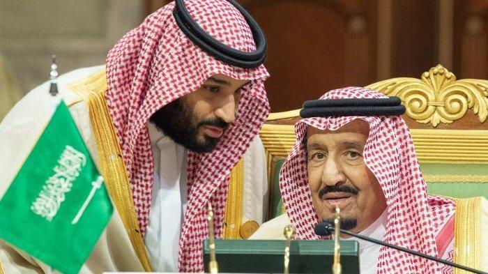 Raja Salman dan Putra Mahkota Pangeran Mohammed bin Salman. Raja Salman sudah menyetujui eksekusi 37 pembangkang Arab Saudi