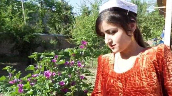 Rajabbi Khurshed tidak mengenal sosok calon suami yang dijodohkan padanya