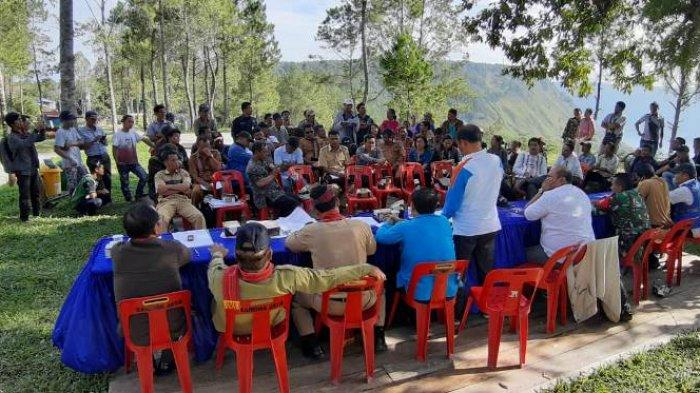 27 Rumah Warga Desa Sigapiton Bakal Diratakan dengan Tanah, Kades Minta Penundaan dan Warga Melawan