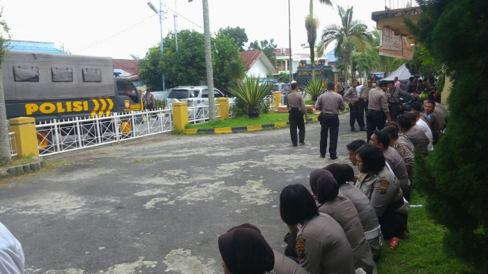 Rekapitulasi Suara Pilkada Dikawal Ratusan Polisi