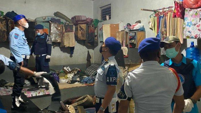 Petugas Gabungan Acak-acak Kamar Napi Lapas Klas IIB Lubukpakam, Lihat Apa Saja yang Ditemukan