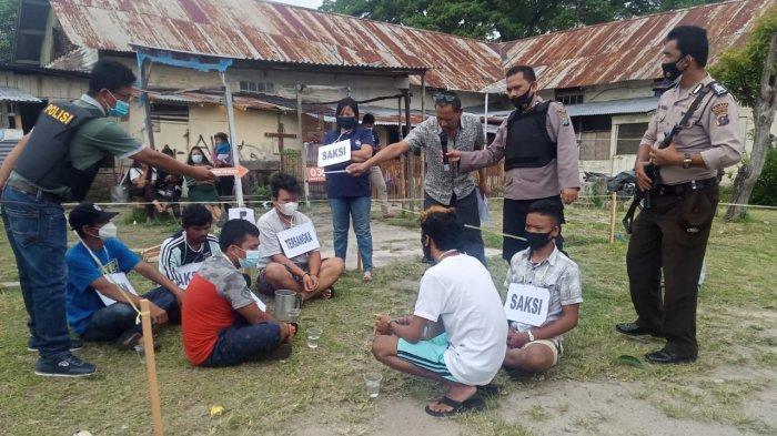 Mabuk Tuak Berujung Bunuh Teman, 3 Pelaku Peragakan 20 Adegan Pembunuhan Matius Sembiring di Balige