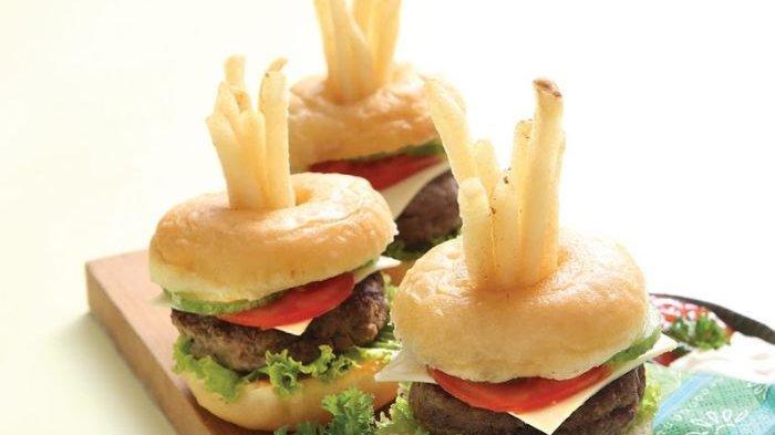 Resep Donat Burger dan Cara Membuatnya, Modifikasi Donat Untuk Kudapan Di Akhir Pekan