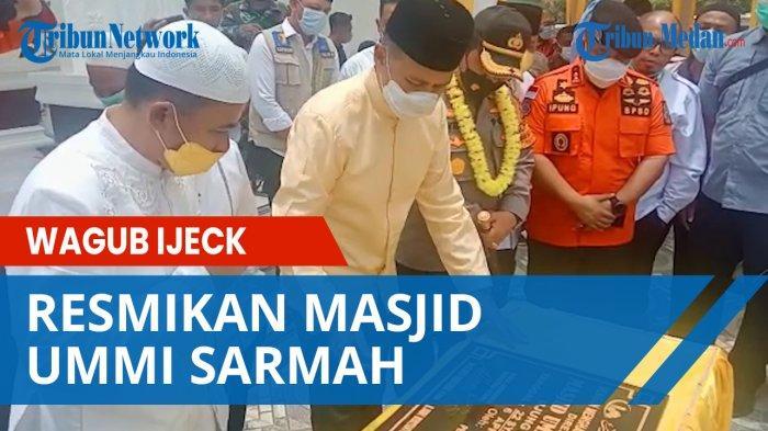 Resmikan Masjid Ummi Sarmah, Wagub Ijeck Disambut Masyarakat Ujung Padang