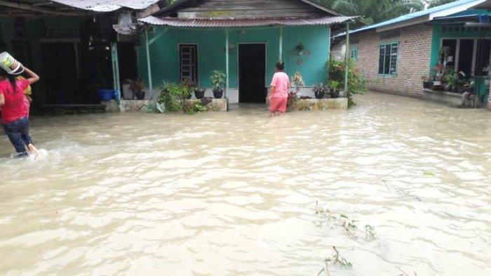 Banjir merendam 18 desa di 11 kecamatan yang ada di Kabupaten Asahan, Senin (16/8/2021). Ada ribuan jiwa terdampak banjir.(HO)