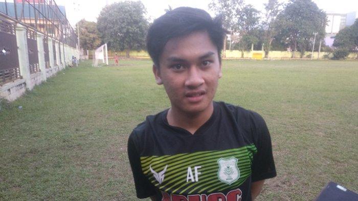 Rivaldo Yusuf Rangkuti, eks pemain timnas Indonesia U-16, berlatih di Stadion Kebun Bunga, Rabu (3/3/2021) petang.