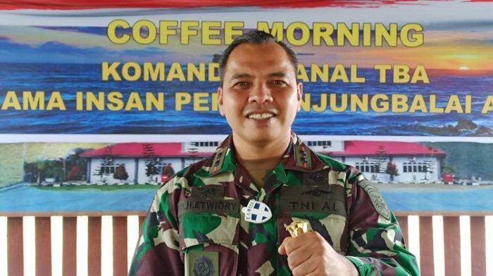 Komandan Pangkalan TNI AL Tanjungbalai Asahan Letkol Laut (P) Robinson Hendrik Etwiory.
