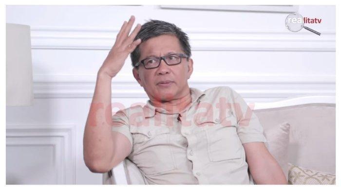 ROCKY Gerung Angkat Bicara soal Polemik Natuna, Prabowo Paham sedangkan Mahfud MD Ngaco