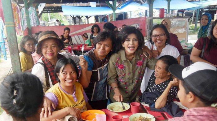 Istri Eddy Berutu Blusukan ke Pasar untuk Sapa Pedagang