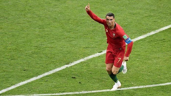Sebab Ronaldo Bukan Cuma Tampan dan Kaya