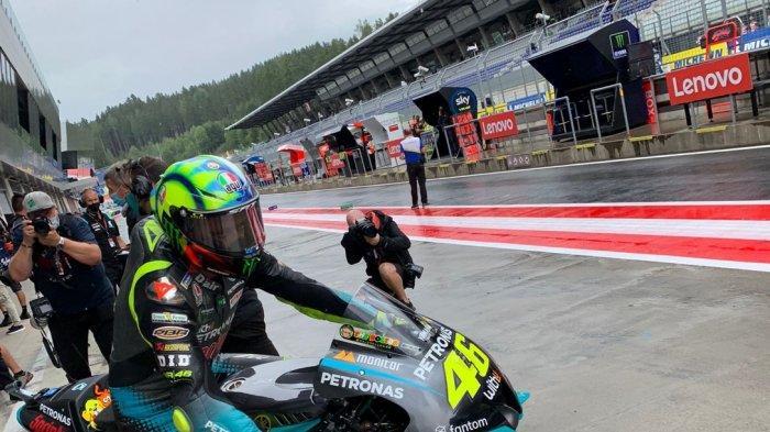 JAM TAYANG MotoGP Inggris 2021 Malam Ini Live Trans7, Rossi Jangan Salah Pilin Ban Lagi