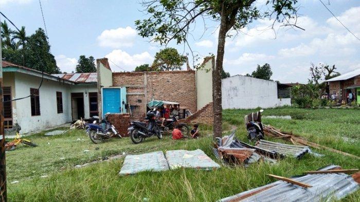 Rumah Hancur dan Seluruh Barang Rusak, Korban Bencana Angin Puting Beliung Minta Ini ke Pemerintah