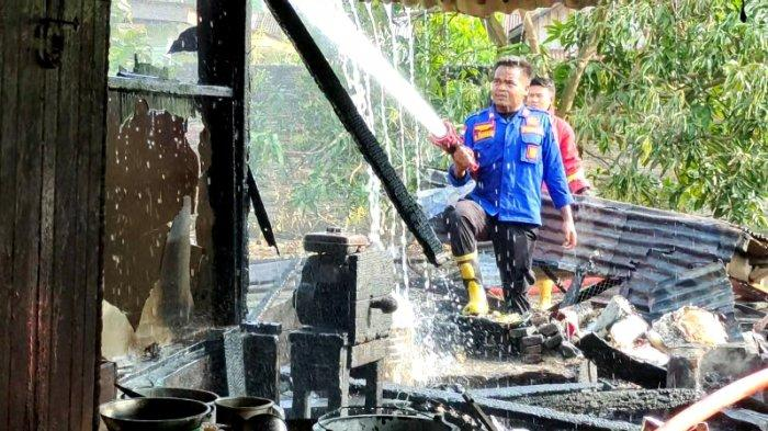 Tinggalkan Masakan, Dapur Rumah Milik Nursiah di Kisaran Timur Terbakar