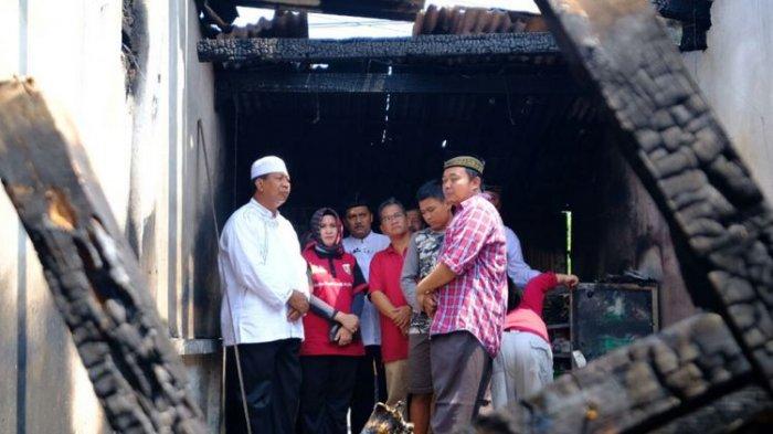 Beginilah Ketegaran Mulyono, Petugas Damkar yang Evakuasi Jasad Istrinya Sendiri