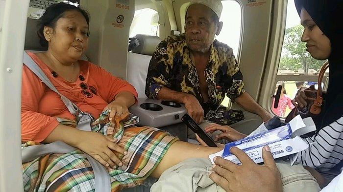 Kaki Rusmini akan Diamputasi, JR Kemudikan Ambulance LaluNaik Heli dari Desa Pelosok