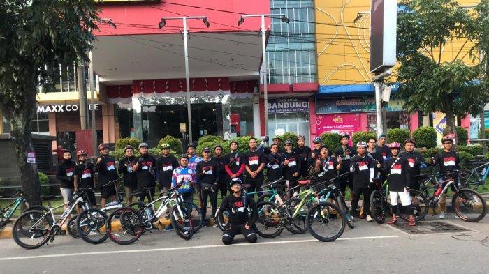 Peringati HUT Ke-75 RI, Sabrom Bicycle Club Gelar Gowes Fun di Air Terjun Pelaruga
