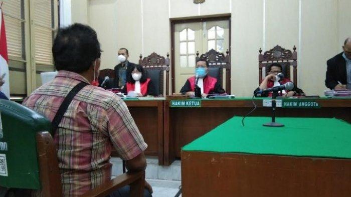 PRIA 69 Tahun Dihukum 20 Bulan Penjara akibat Lakukan Pengeroyokan terkait Uang Parkir