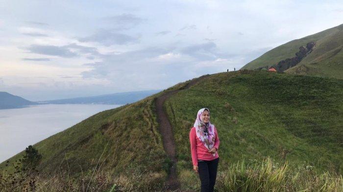 Bukit Holbung, Jadi Lokasi Favorit Traveler, Cocok untuk Tempat Camping Di Akhir Pekan