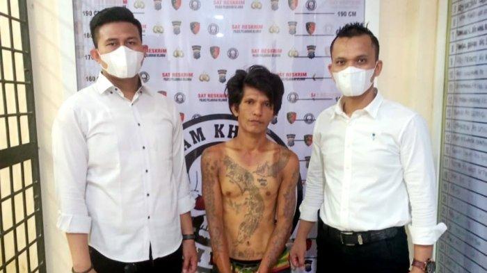 Wajah Mujiono Memelas setelah Diciduk Polisi, Padahal Sempat Garang Memeras Para Sopir Truk