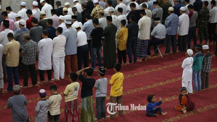 Berapa Rakaat Sholat Tarawih yang Dicontohkan Nabi Muhammad, 8 Rakaat atau 11 Rakaat? Ini Jawabannya
