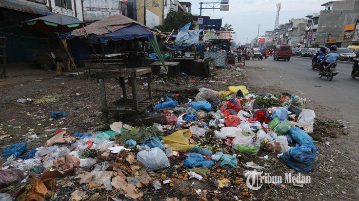 BERITA FOTO Sampah Menumpuk dan Berserakan di Pasar Kampung Lalang Medan - sampah-pasar-kampung-lalang-3.jpg