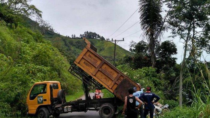 Presiden Getol Promosi Danau Toba, Truk Ini Justru Jejalkan Sampah