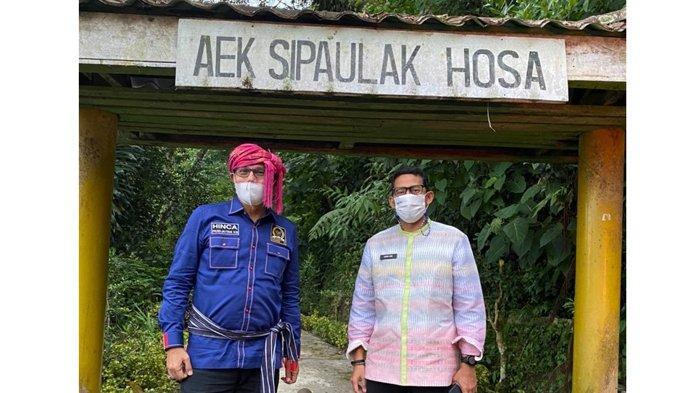 Kunjungi Danau Toba, Sandiaga Uno Posting Kisah Legenda Raja Silahisabungan dan Air Keluar dari Batu