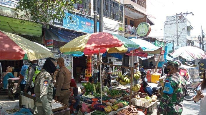 Demi Memastikan Prokes Diterapkan, Tim Satgas Covid-19 Keliling Pasar Tradisional di Kota Medan