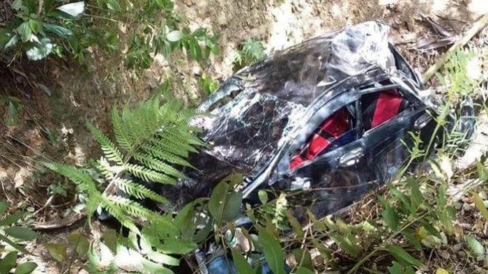 Mobil Avanza Terjun Ke Jurang hingga Remuk, Sang Sopir Tewas Mengenaskan